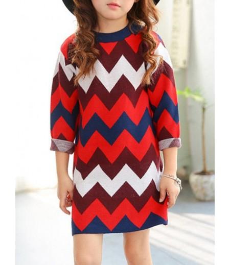 Round neck chevron stripe knit dress