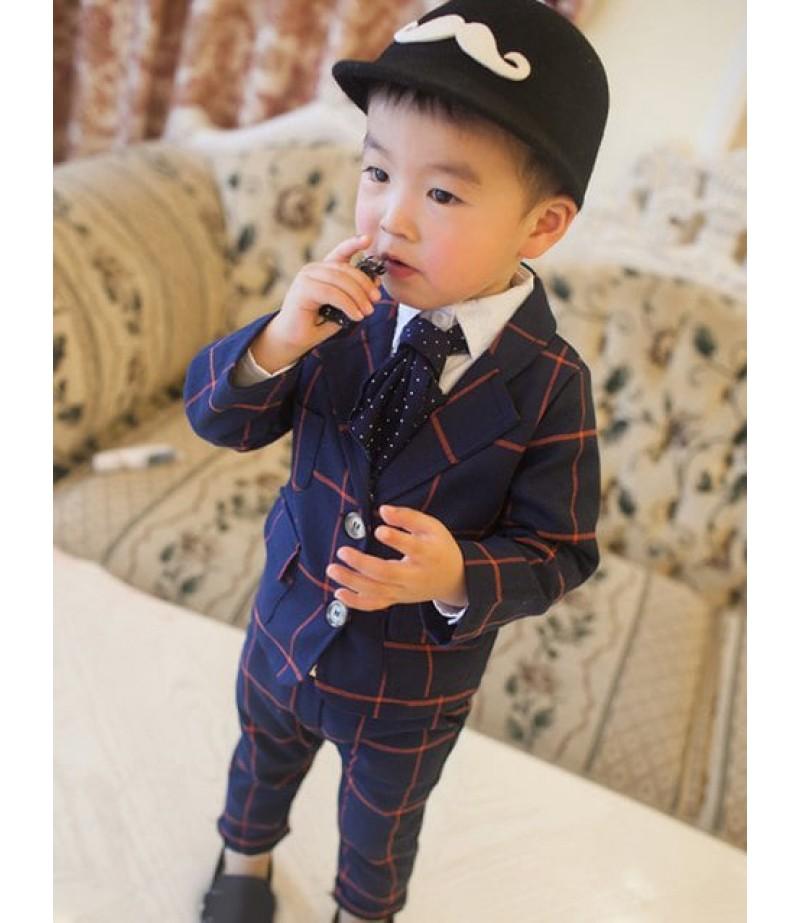 Double-button, turn-over lapel plaid suit