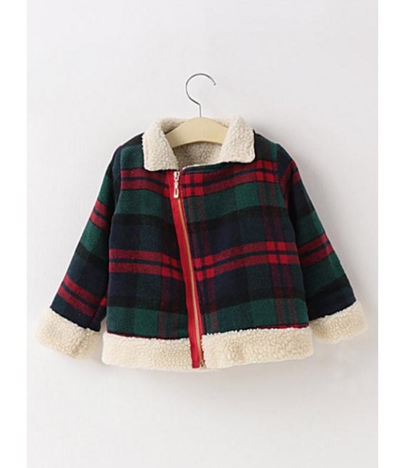 Women's plaid, slanted zip, thick wool jacket